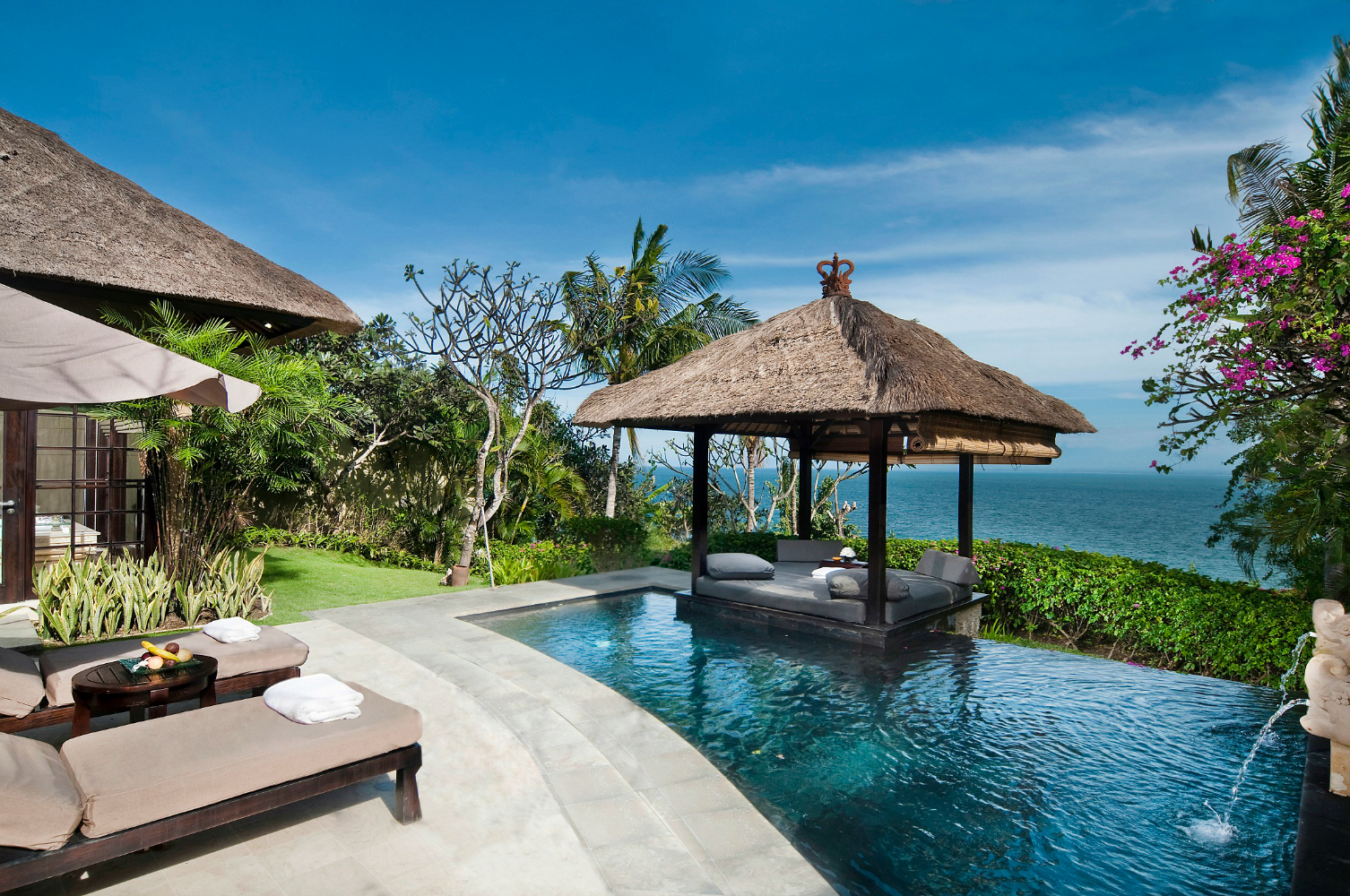 ocean front villa with plunge pool