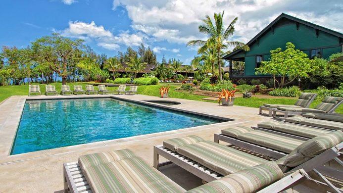Lumeria resort pool