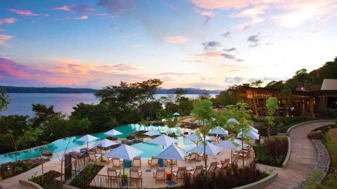 5 Seaside Resorts for Diving Enthusiasts