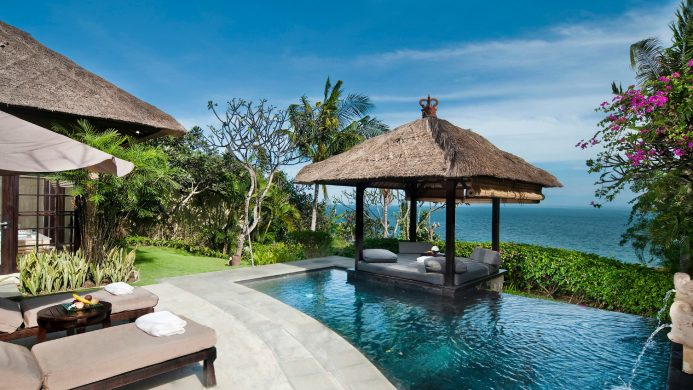 7 Dreamy Private Plunge Pools