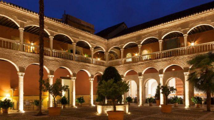 AC Palacio de Santa Paula, Granada Courtyard Arches