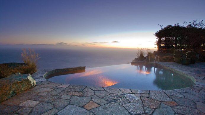 Post Ranch Inn Outdoor Infinity Pool overlooking Pacific Ocean
