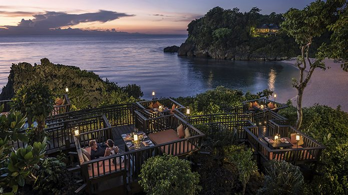 Shangri-La's Boracay Resort & Spa Solana Cabanas