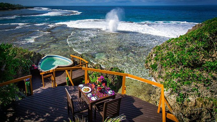 Namale Resort Oceanfront Dining