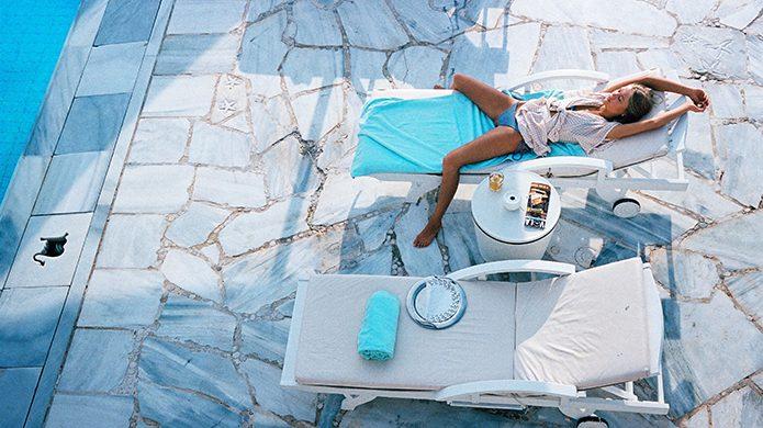 Kivotos Mykonos poolside