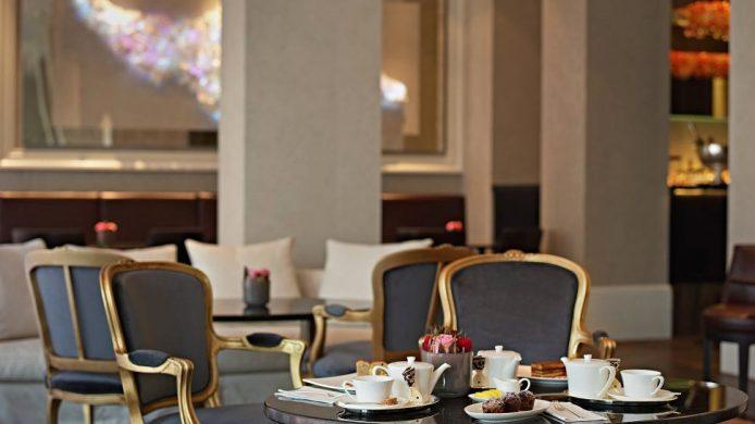 Hotel Schweizerhof Bern lounge with afternoon tea