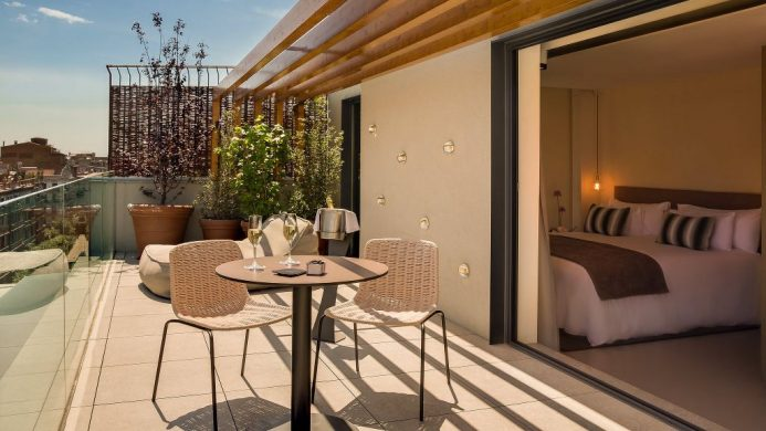 Ohla Eixample Barcelona suite terrace