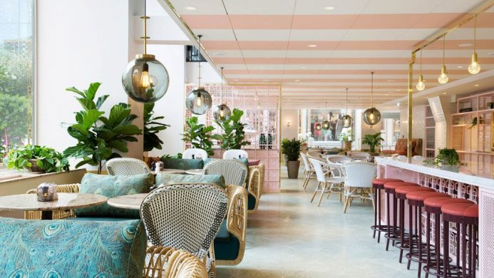 Gretas Cafe with 1920s-inspired decor at Haymarket by Scandic