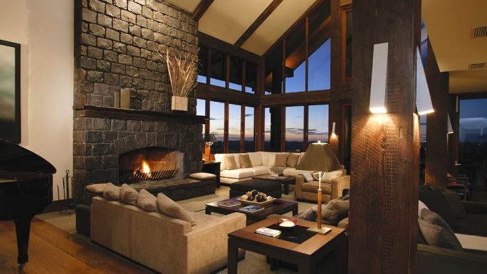Spicers Peak Lodge interior