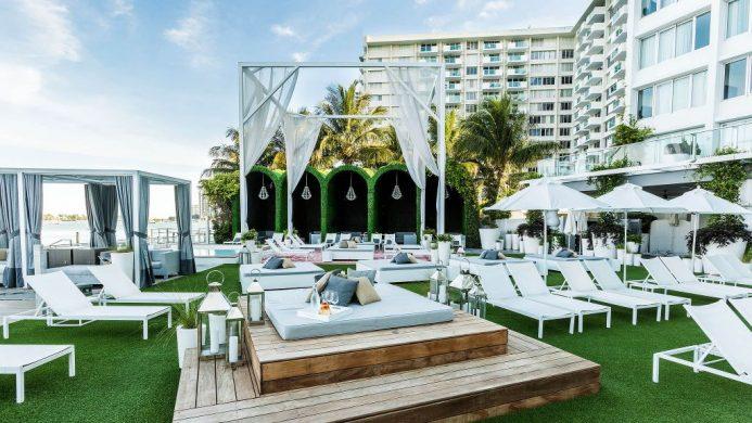 Mondrian South Beach lounge