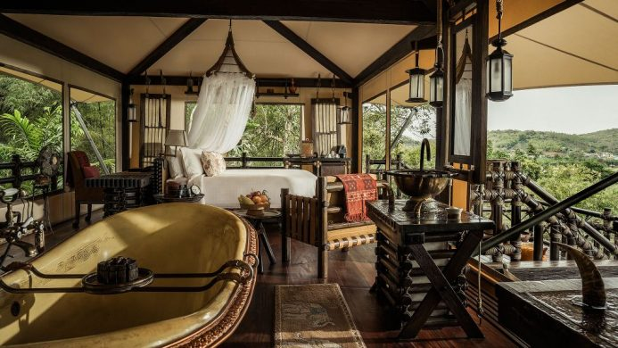Four Seasons Tented Camp suite