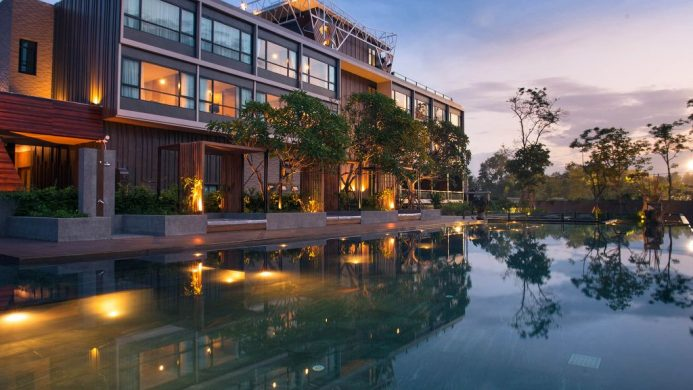 North Hill City Resort pool