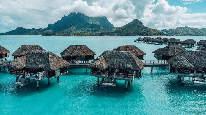 Heidi Klum Goes Topless on Beach in Bora Bora—See the Pic