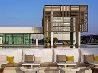 The Oberoi, Al Zorah outdoor restaurant lounge