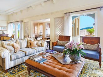 The Oberoi Udaivilas living room
