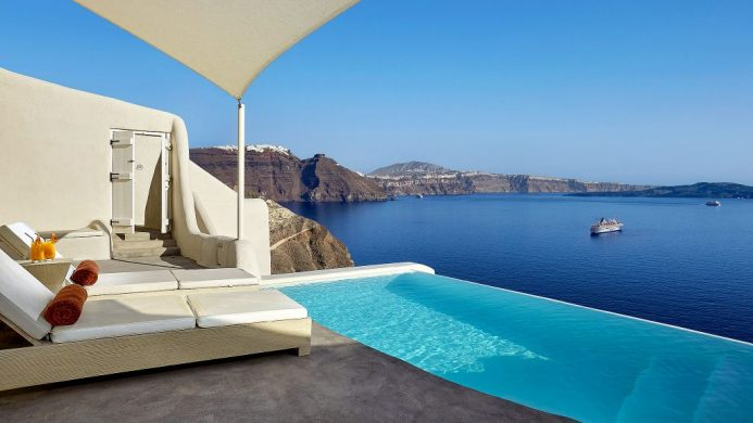 Mystique villa plunge pool overlooking the sea