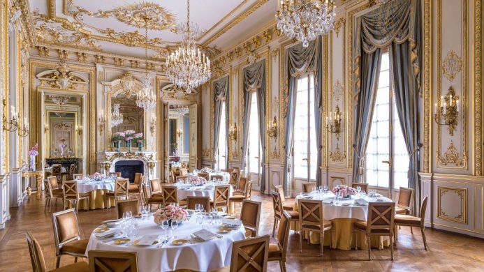 Shangri-La Hotel, Paris' Grand Salon in the Louis XIV style